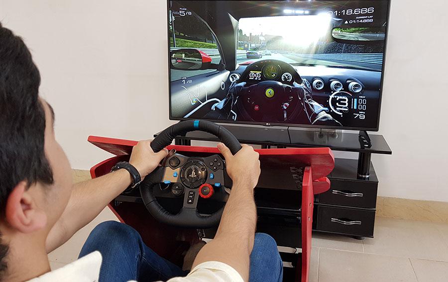 پدال و فرمان شبیه ساز رانندگی واقعیت مجازی VR Racing 2020